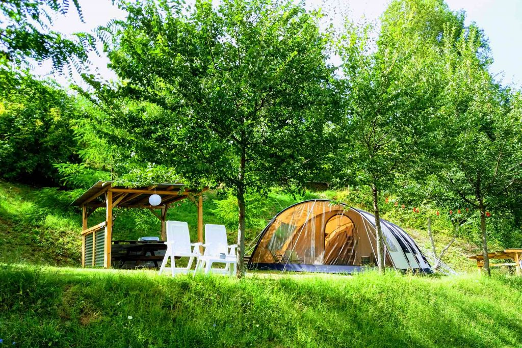 Tent kampeerplek_camping_agriturismo_villa_valente_Le marche_italie